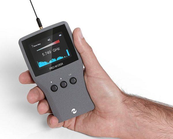 detector de gps y cámaras ocultas pro-w10gx imagen en mano